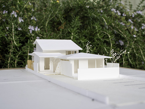 完成見学会|縦長敷地の二世帯住宅 ;