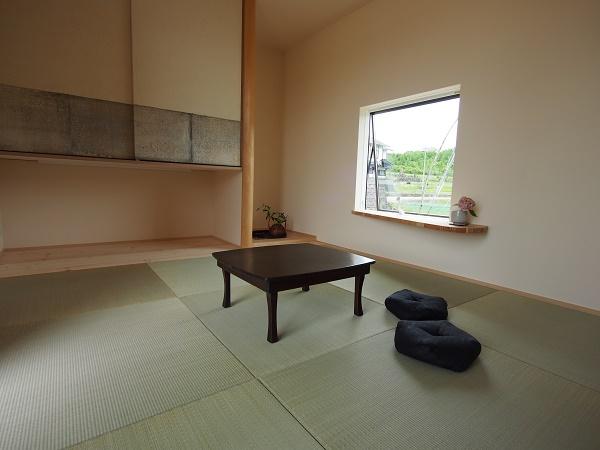 三良坂の家 の内部;