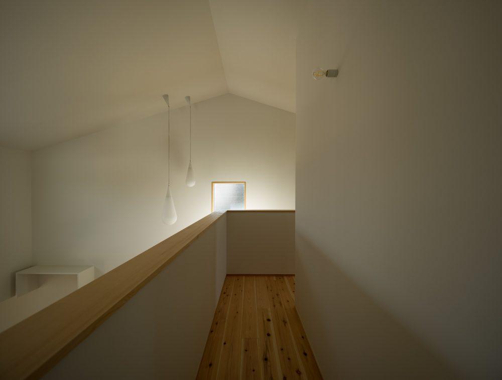 八本松東の家;